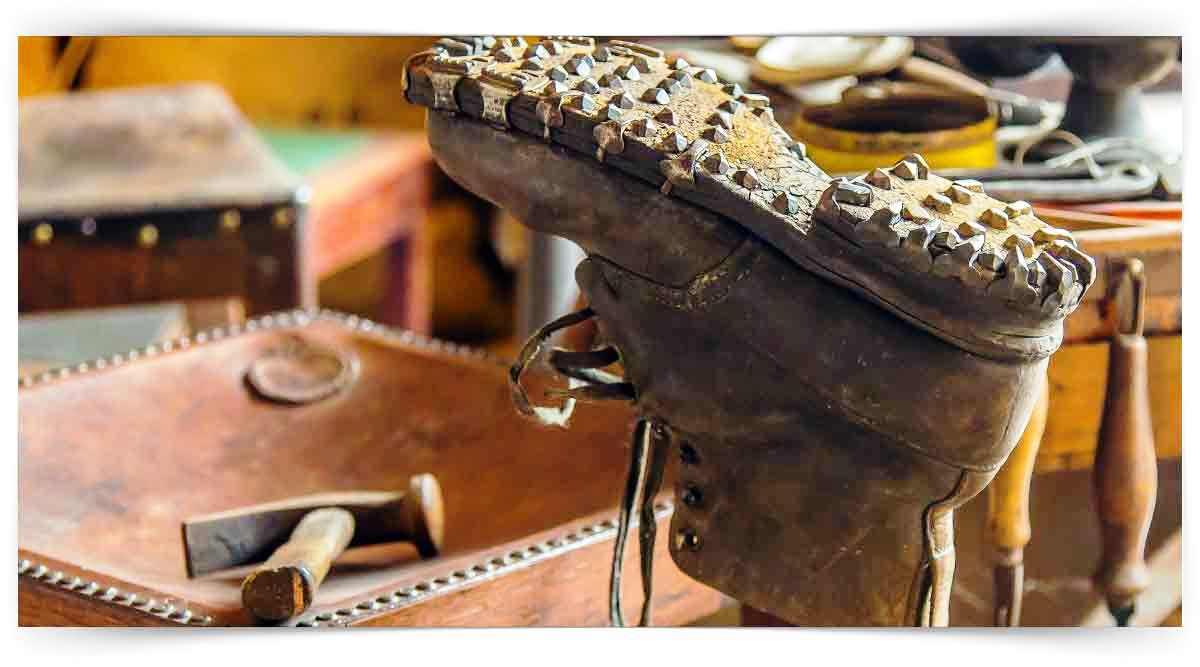 Ayakkabı Ve Saraciye Tamircisi Kursu MEB Onaylı