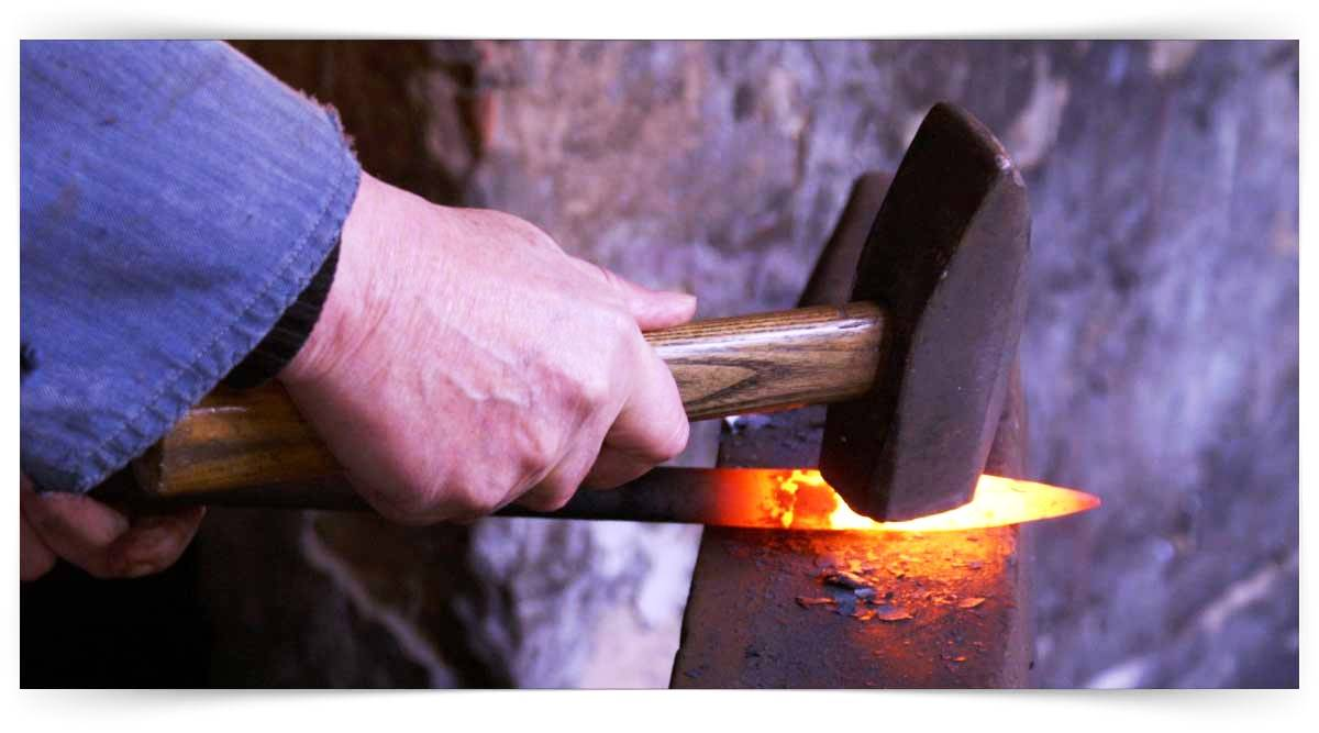 Tehlikeli Ve Çok Tehlikeli İşlerde Sıcak Metal Şekillendirme Kursu MEB Onaylı